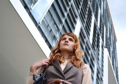 business-woman-portrait-1997285_960_720
